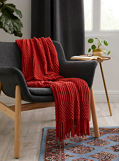 Simons Maison Light Red Textured knit throw  130 x 150 cm