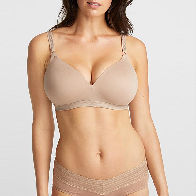 suede-touch-wireless-plunge-bra
