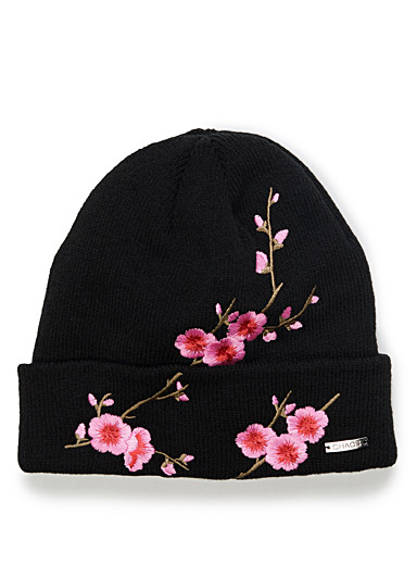 Floral embroidery tuque