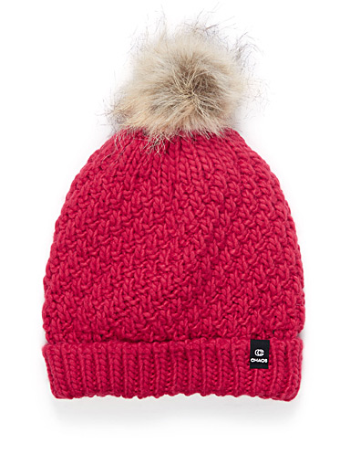 Chunky cabled tuque