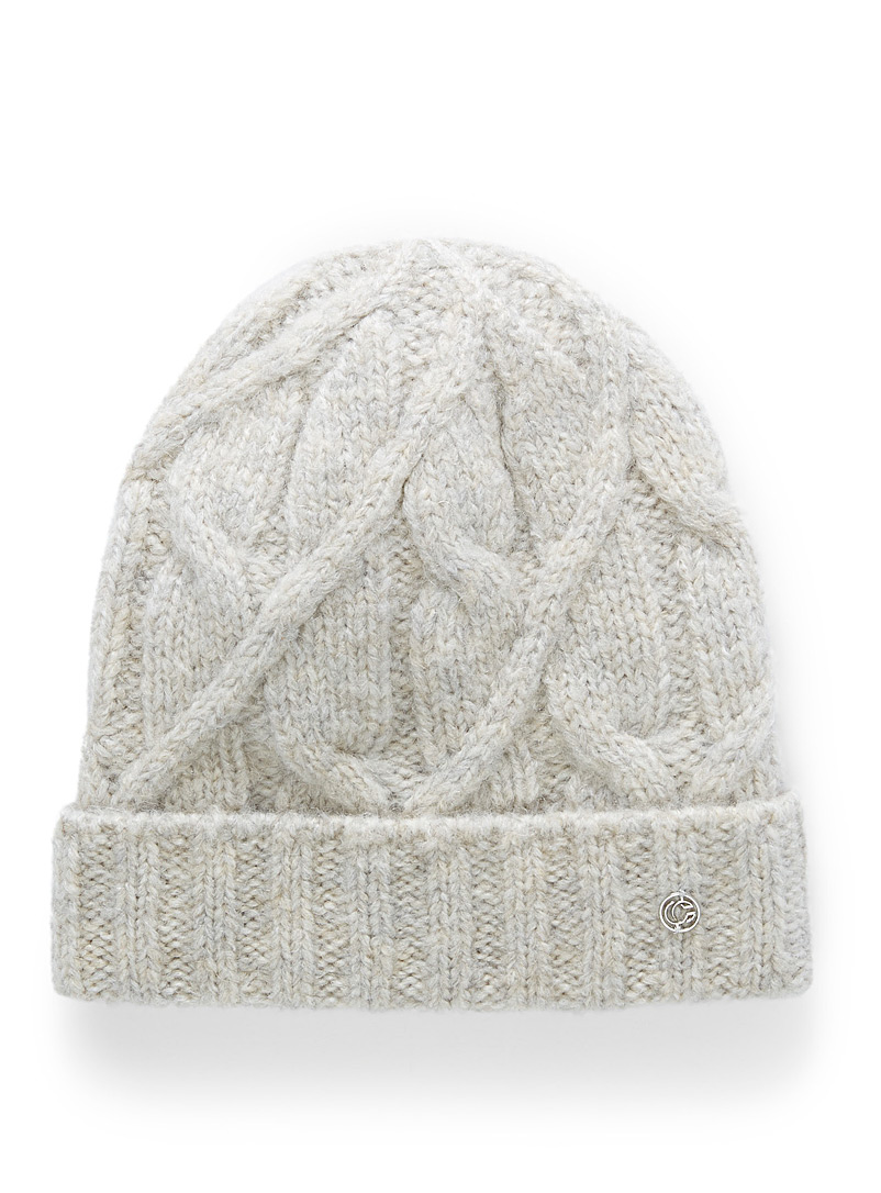 Touch of wool cable-knit tuque
