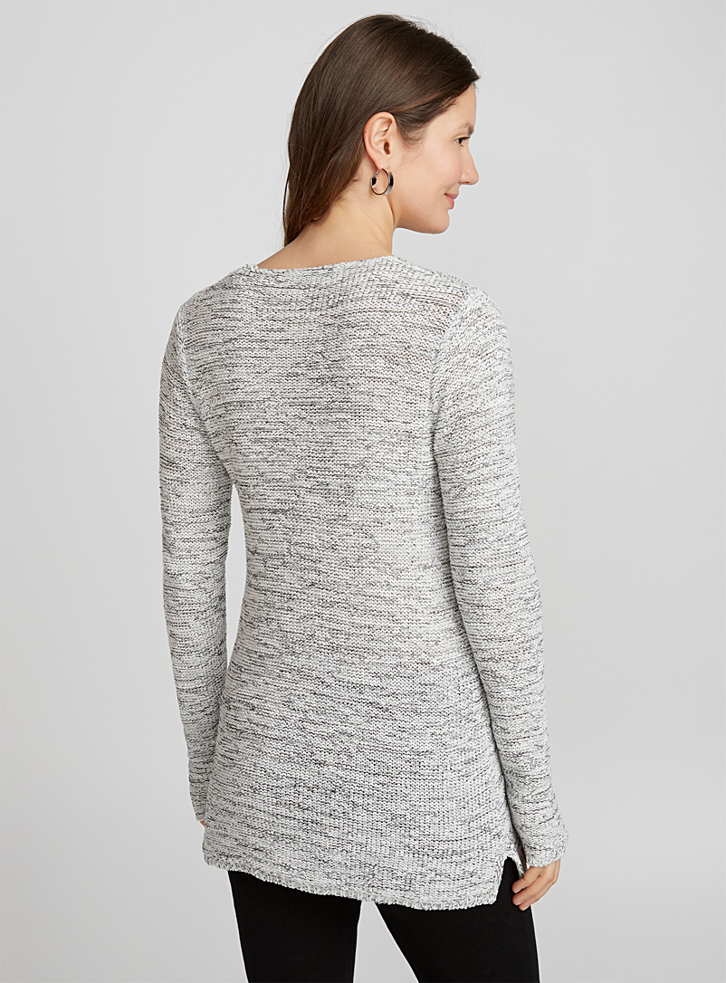 Ribbon-knit V-neck sweater - Sweaters - Black and White
