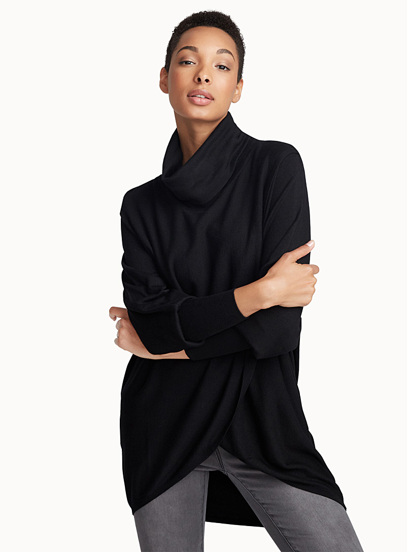Loose crossover turtleneck - Sweaters - Black