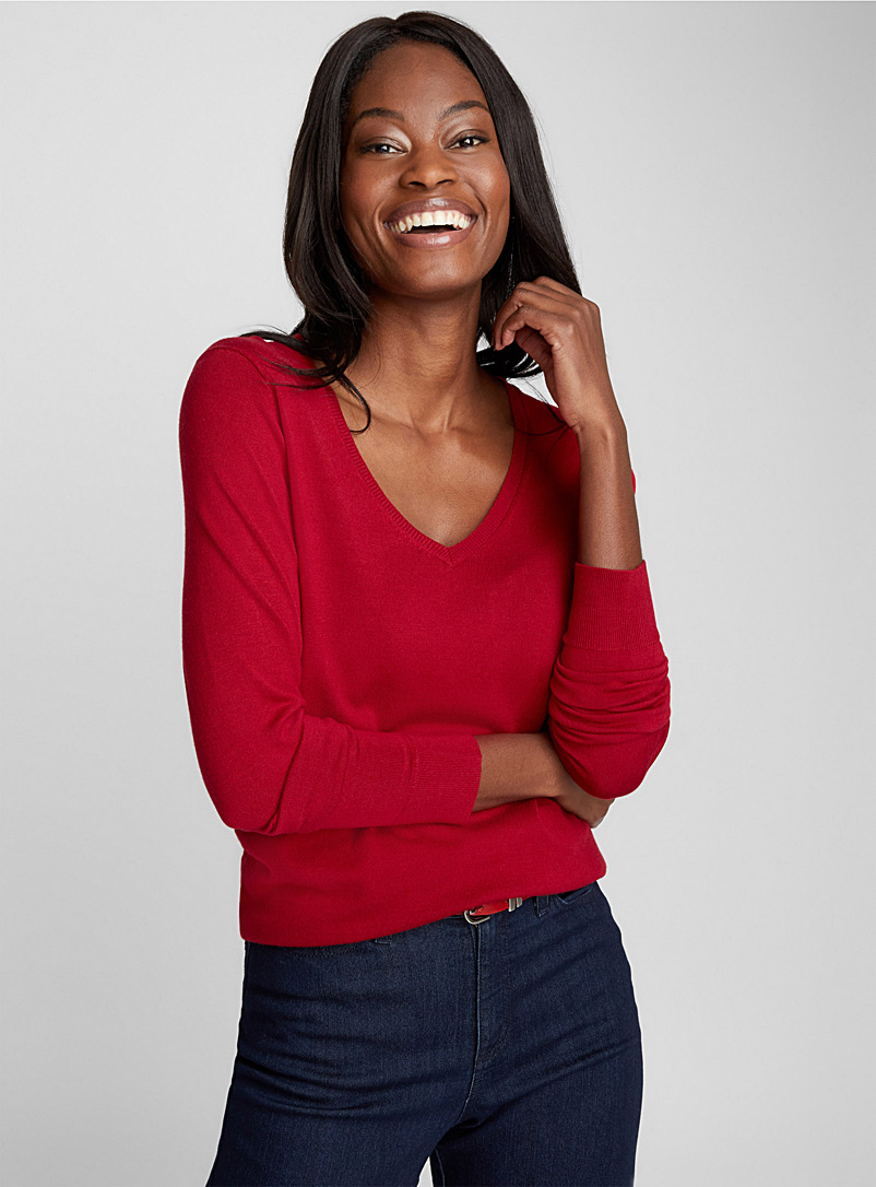 Le pull fin tricot col V - Pulls - Rouge foncé-vin-rubis