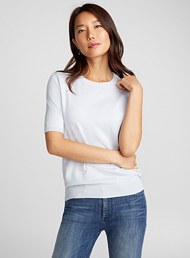 Fine knit short-sleeve sweater