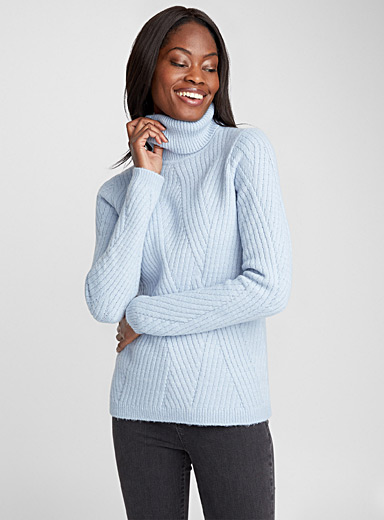 Crossed-rib turtleneck