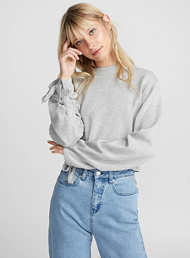 Drawstring-sleeve sweater