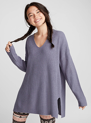 Rib-knit V-neck sweater