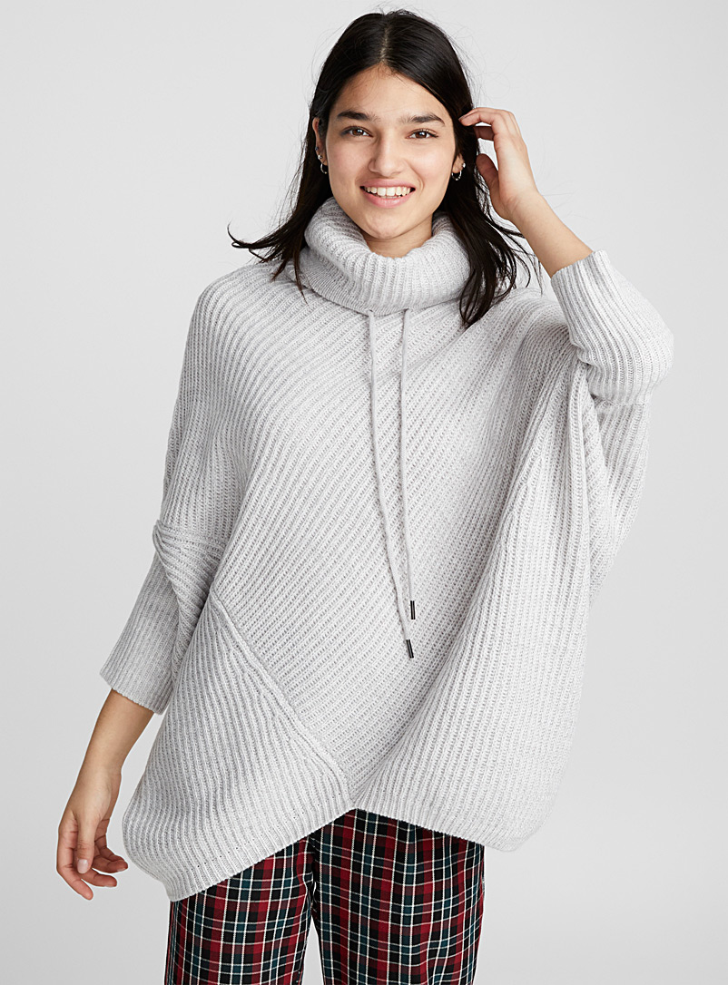 Ribbed turtleneck poncho - Capes & Ponchos - Silver
