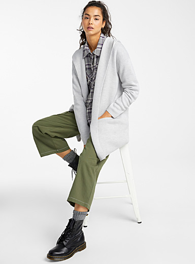 Accent-pocket hooded cardigan
