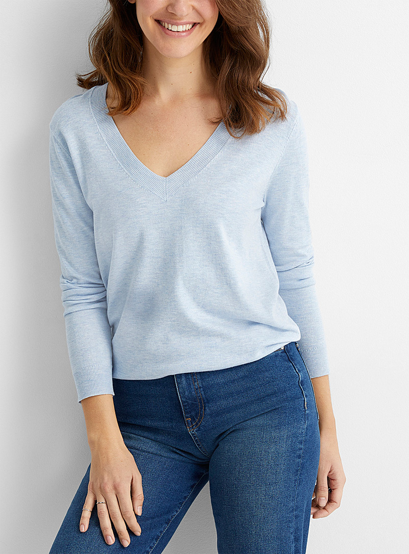 Contemporaine Baby Blue Fine knit V-neck sweater for women