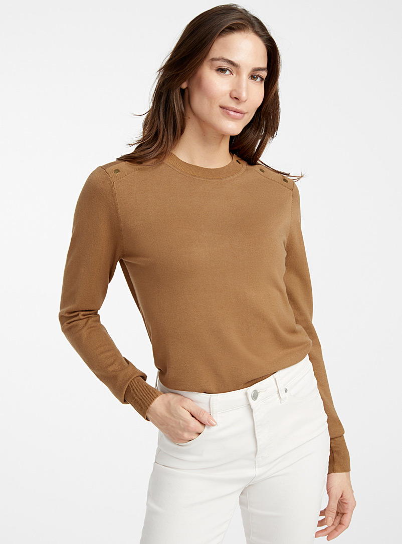button-shoulder-sweater