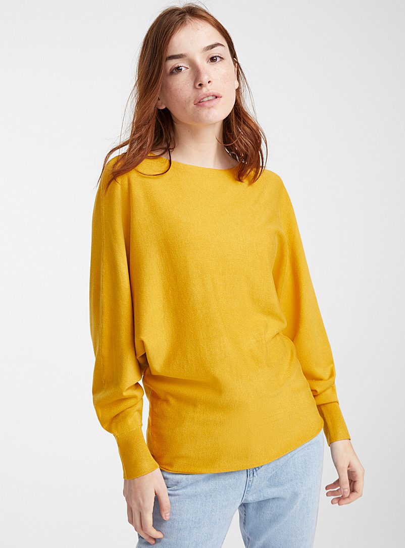 Batwing-sleeve boat neck sweater - Sweaters - Yellow