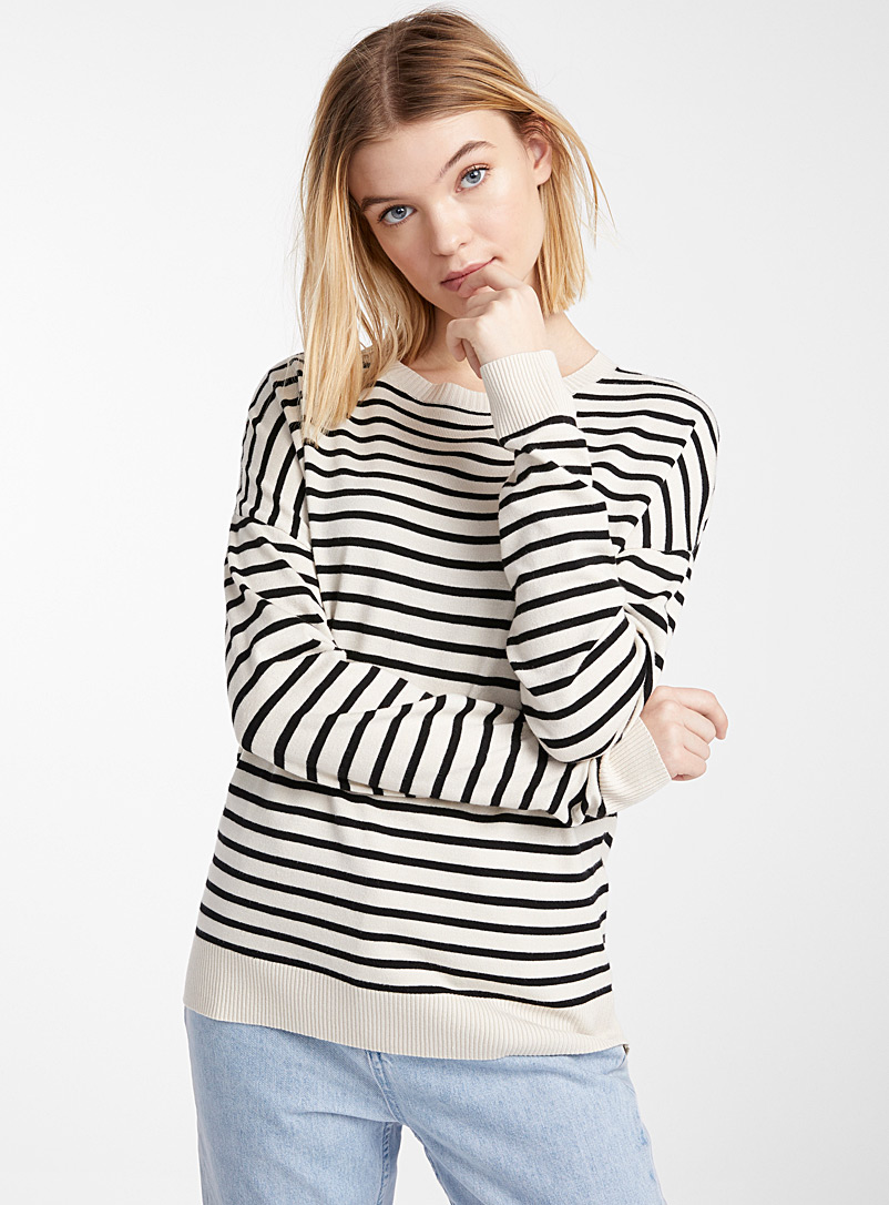 loose-silky-striped-knit-sweater