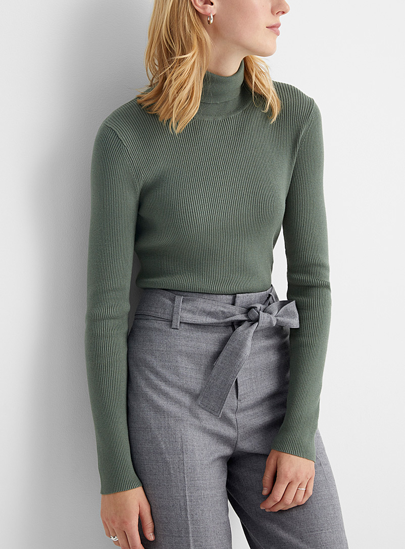 Contemporaine Mossy Green Fitted ribbed turtleneck for women