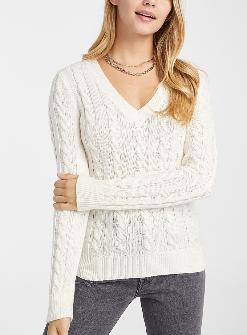 Twik Ivory White Cable knit V-neck sweater for women