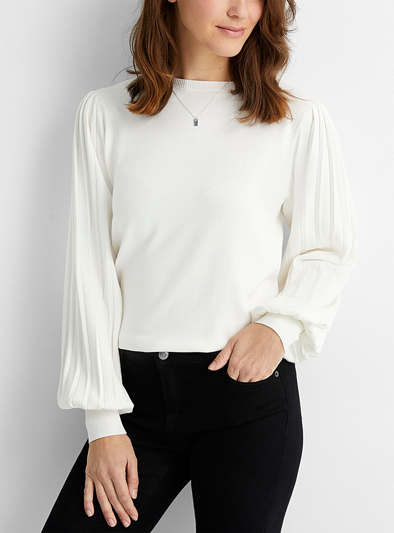 Contemporaine Ivory White Ribbed puff-sleeve sweater for women