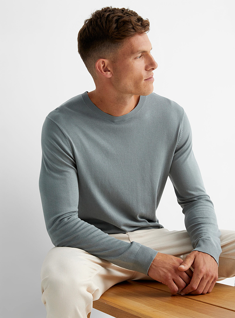 Le 31 Ruby Red Minimalist crew-neck sweater for men