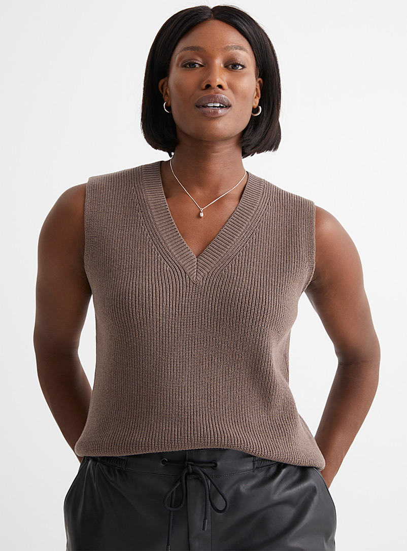 Contemporaine Light Brown Ribbed V-neck tank top for women