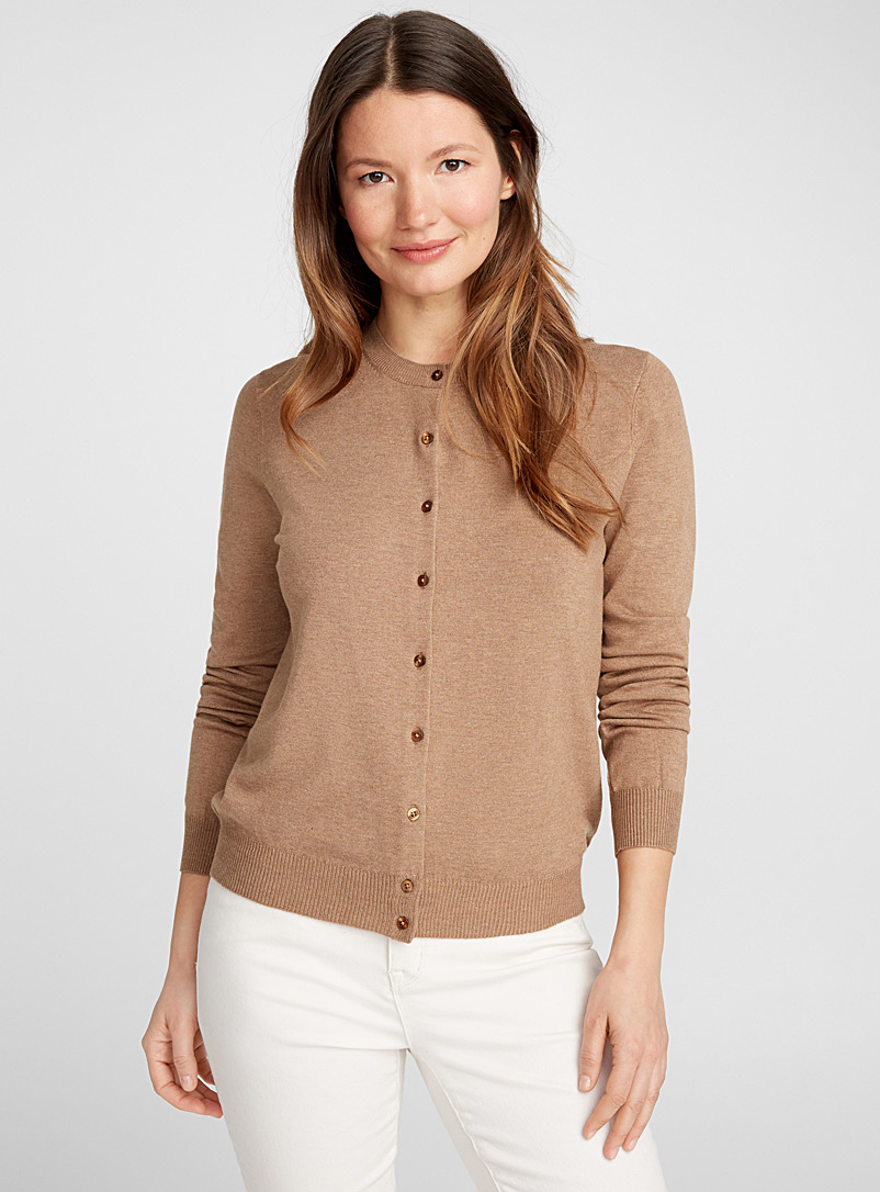 Fine knit buttoned cardigan - Cardigans - Light Brown