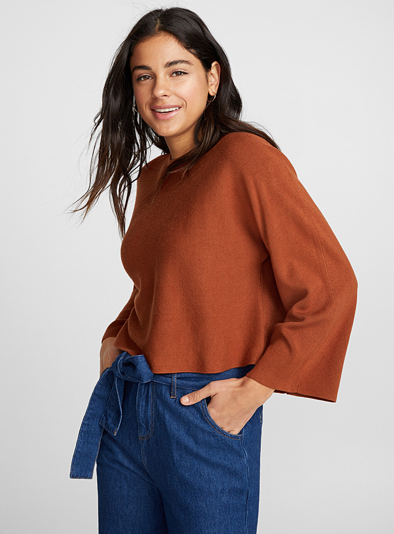 loose-sleeve-boat-neck-cropped-sweater