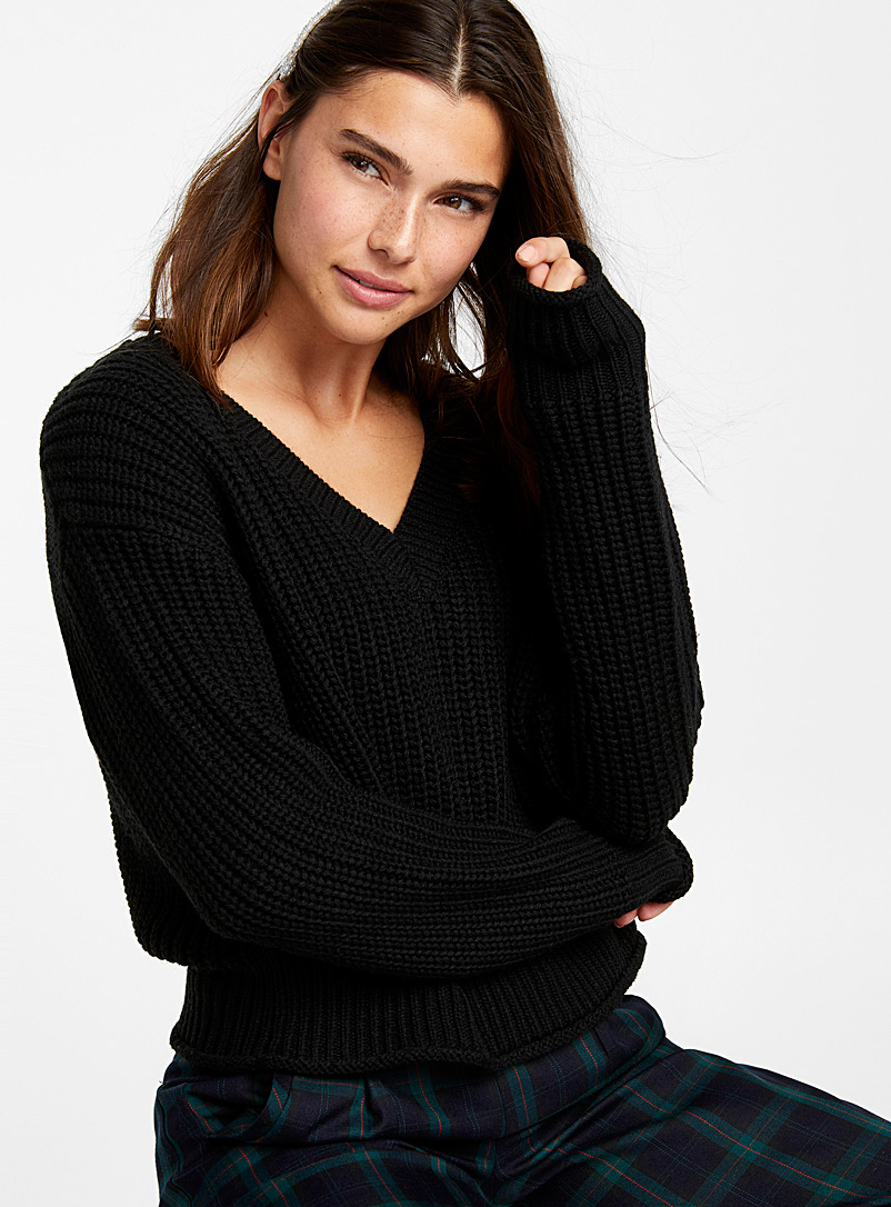 loose-ribbed-v-neck-sweater