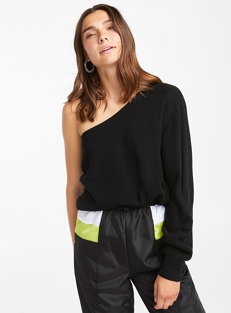 Finely ribbed shoulder sweater - Sweaters - Black