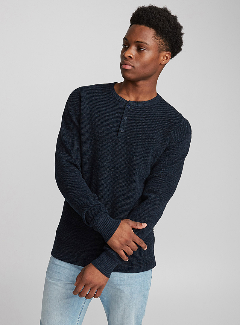 le-pull-henley-gaufre
