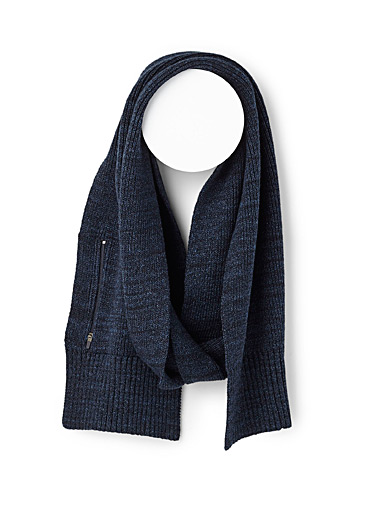 Zip-pocket scarf