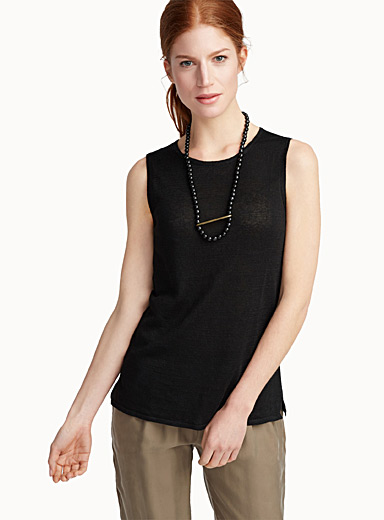 Finely knit pure linen tank