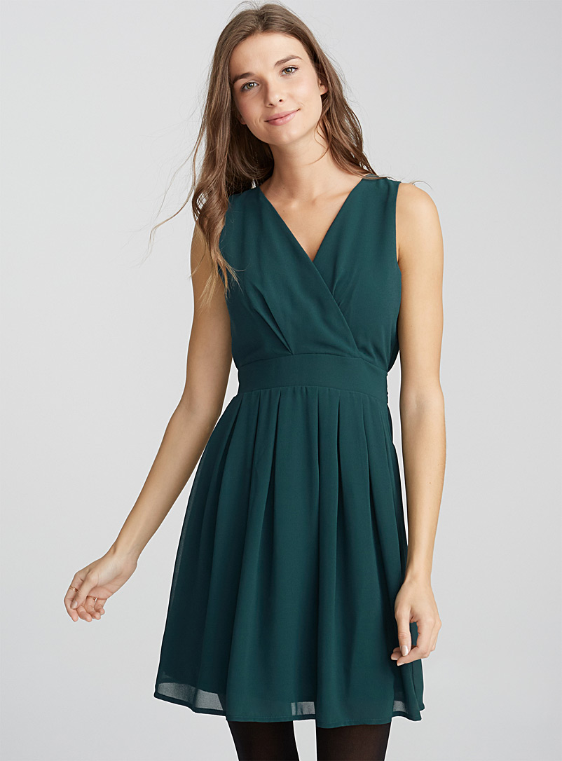Wrap-front tie-waist voile dress - Fit & Flare - Kelly Green