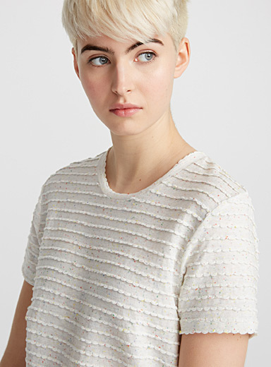 Embossed scalloped tee
