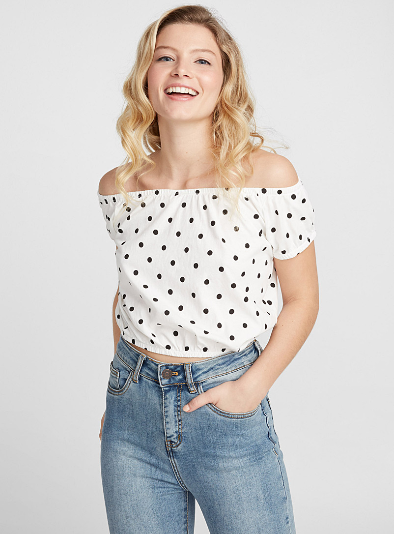 Organic cotton cropped off-the-shoulder tee - Organic Cotton - Patterned Red