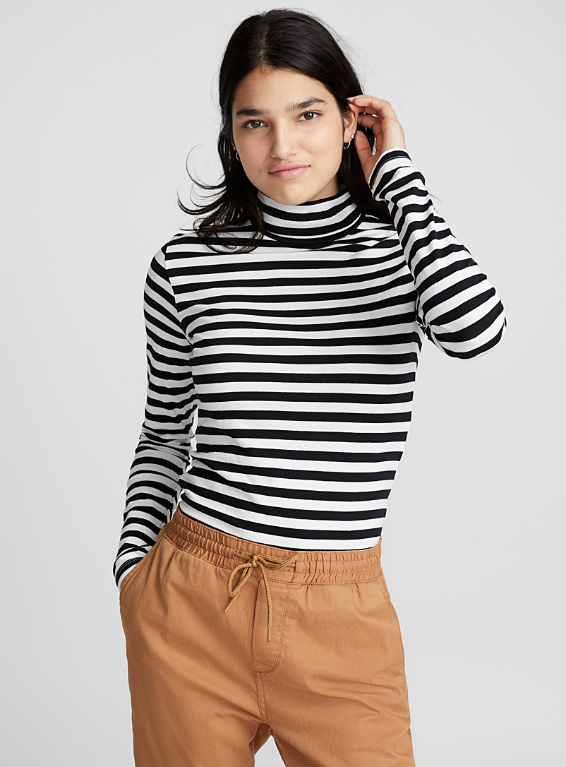 twin-stripe-organic-cotton-turtleneck