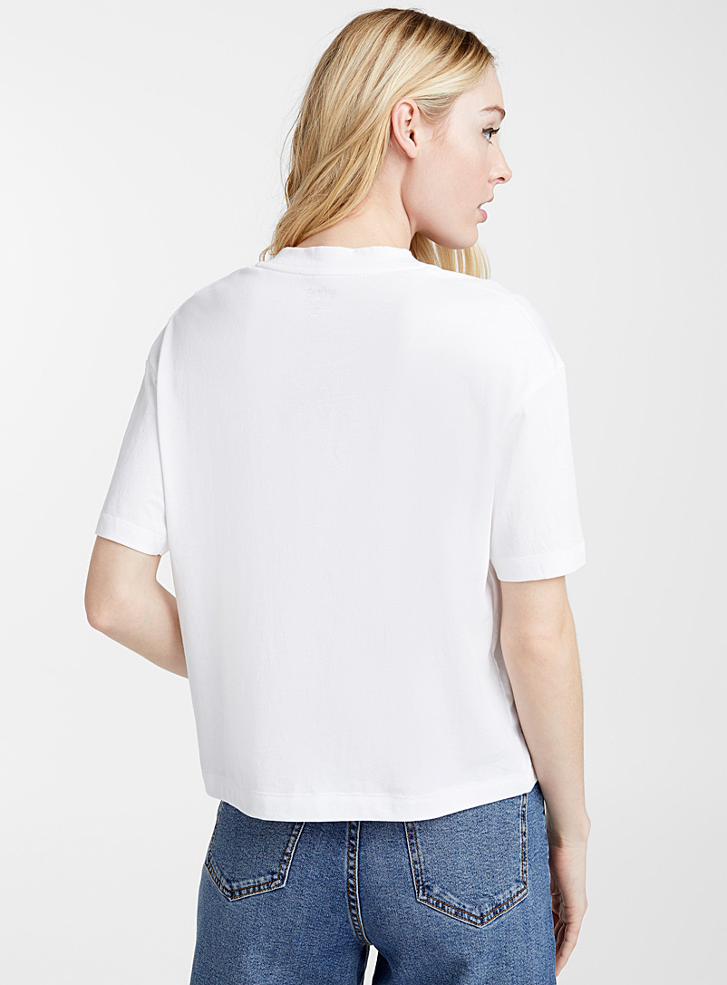 Icône White Loose organic cotton V-neck tee for women