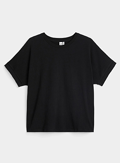 Rolled sleeve loose tee