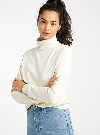 Organic cotton boyfriend turtleneck tee