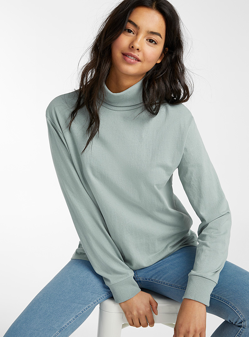 Twik Green Organic cotton loose turtleneck tee for women