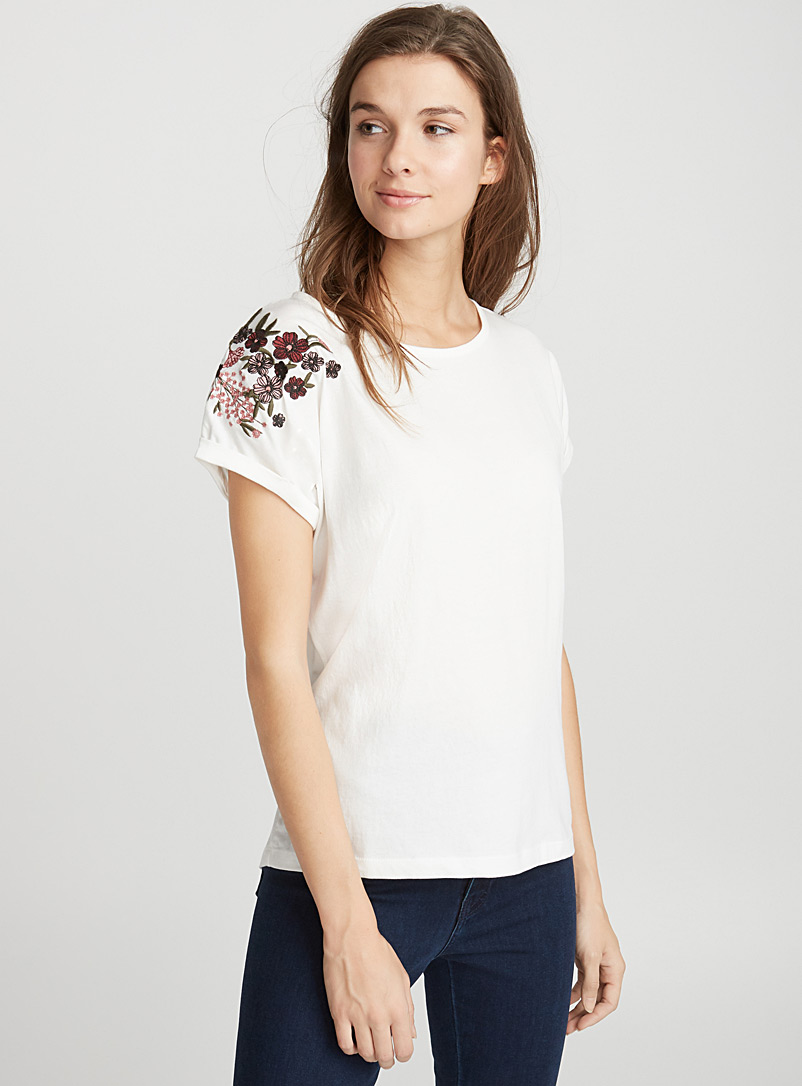embroidered-organic-cotton-tee