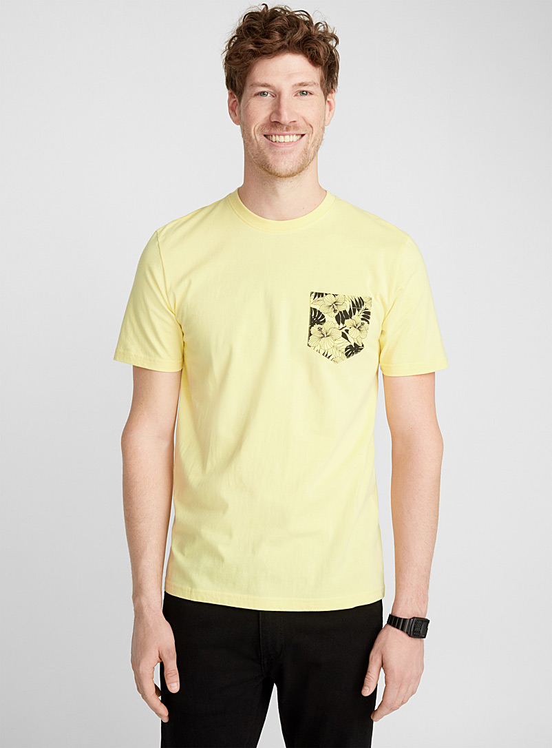 island-pocket-t-shirt