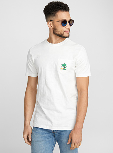 Embroidered summery pocket T-shirt