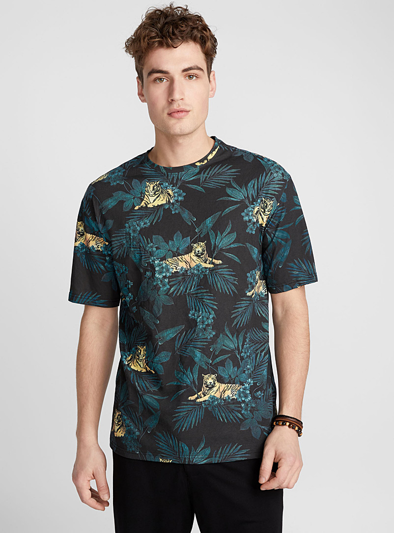 Floral bloom T-shirt - Prints - Black