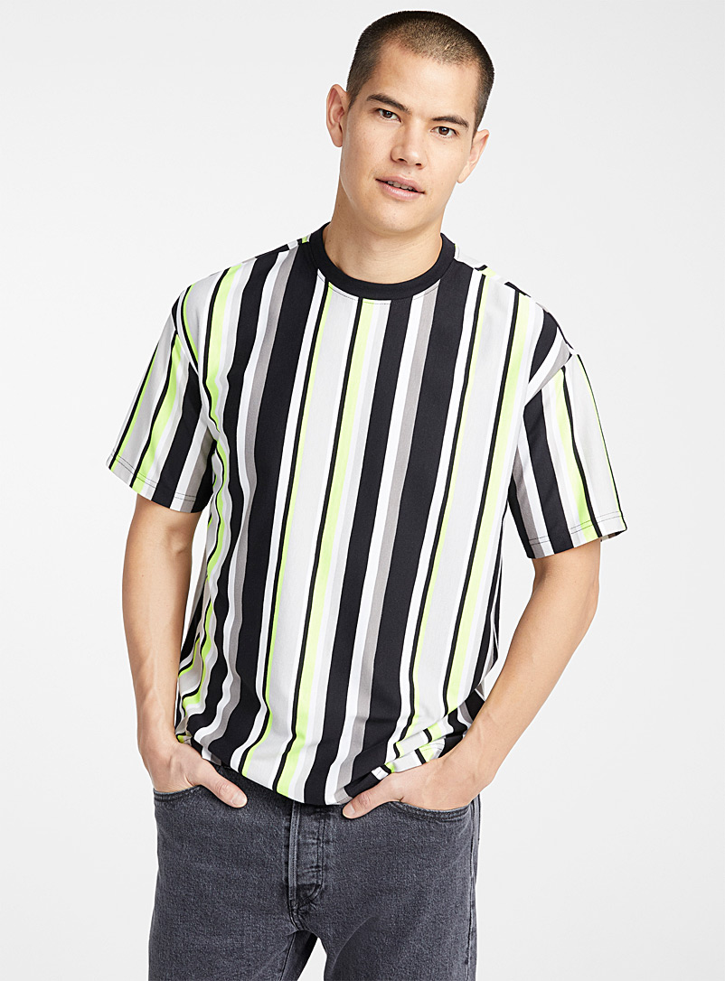 Bright accent-stripe T-shirt - Short sleeves & 3/4 sleeves - Black