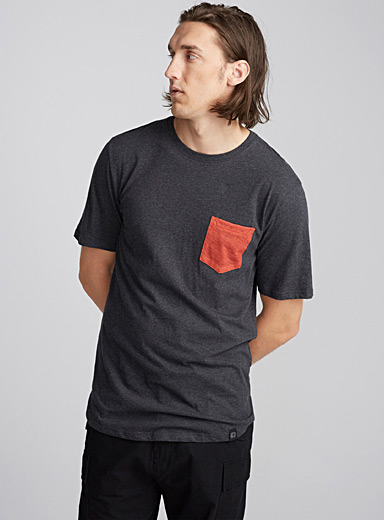 Heathered pocket T-shirt