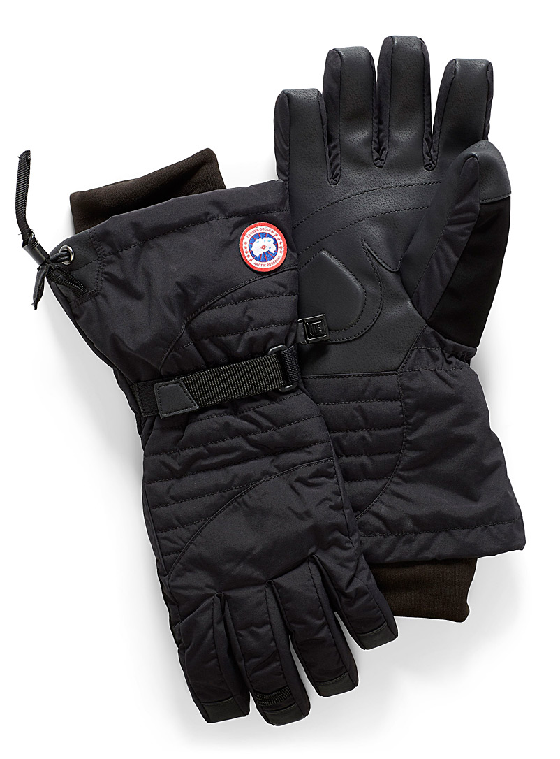 Canada Goose Black Down Arctic gloves for women