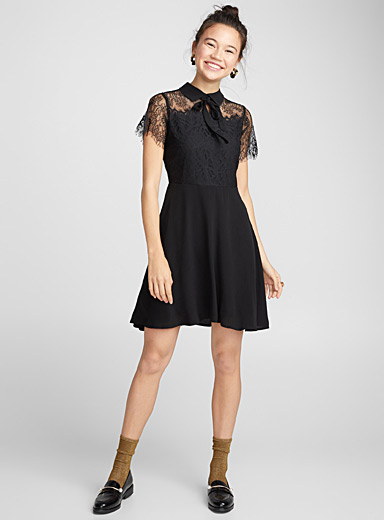 Two-tone lace dress