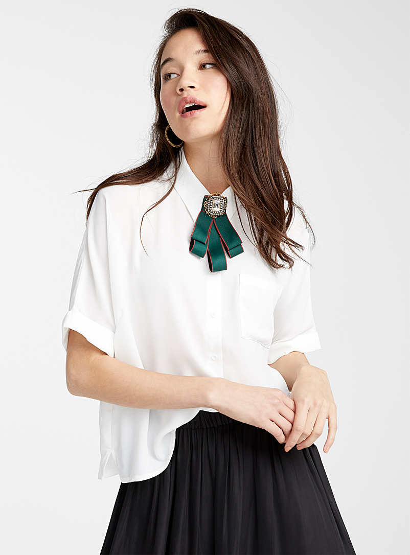 short-sleeve-loose-blouse