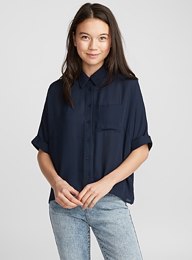 Short-sleeve loose blouse