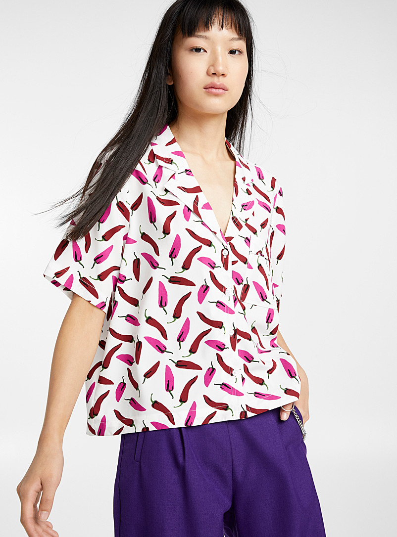 Twik Patterned White Bowling pocket shirt for women