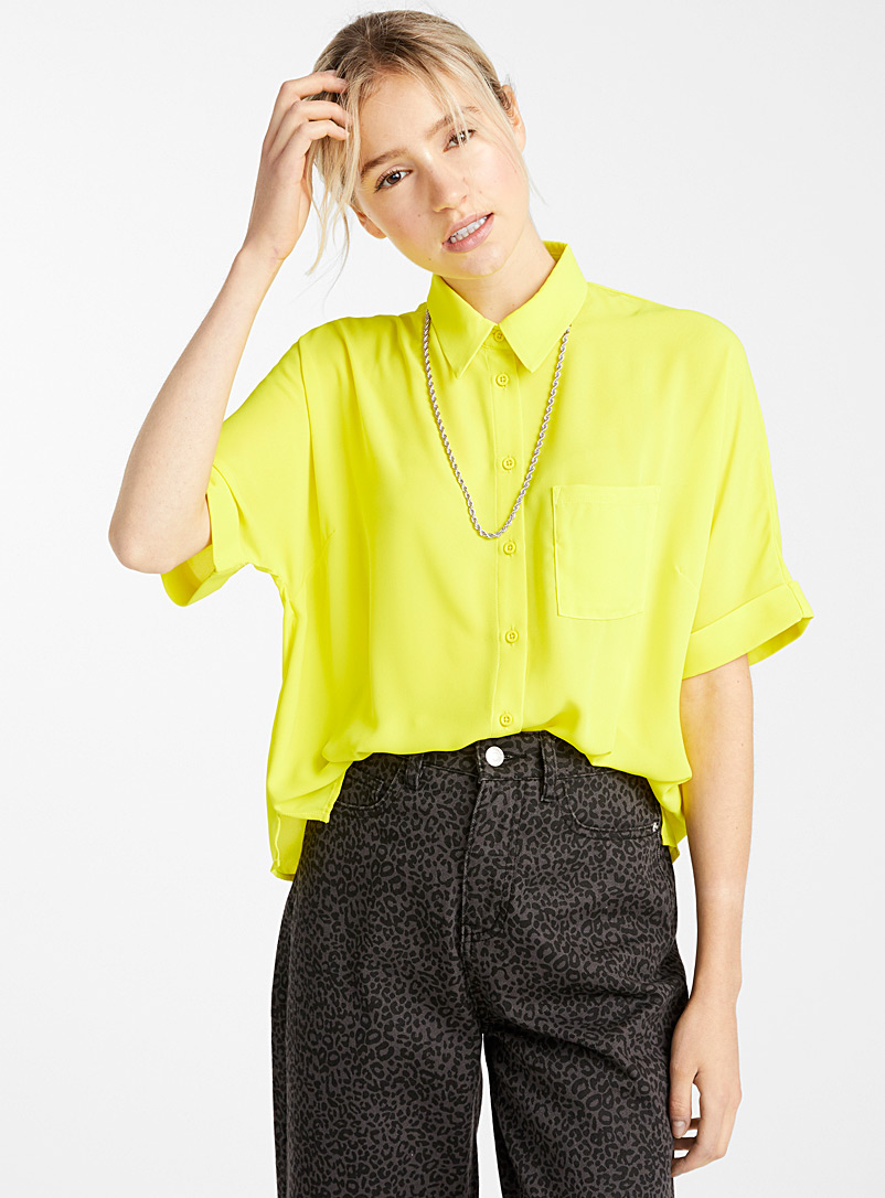loose-patch-pocket-blouse